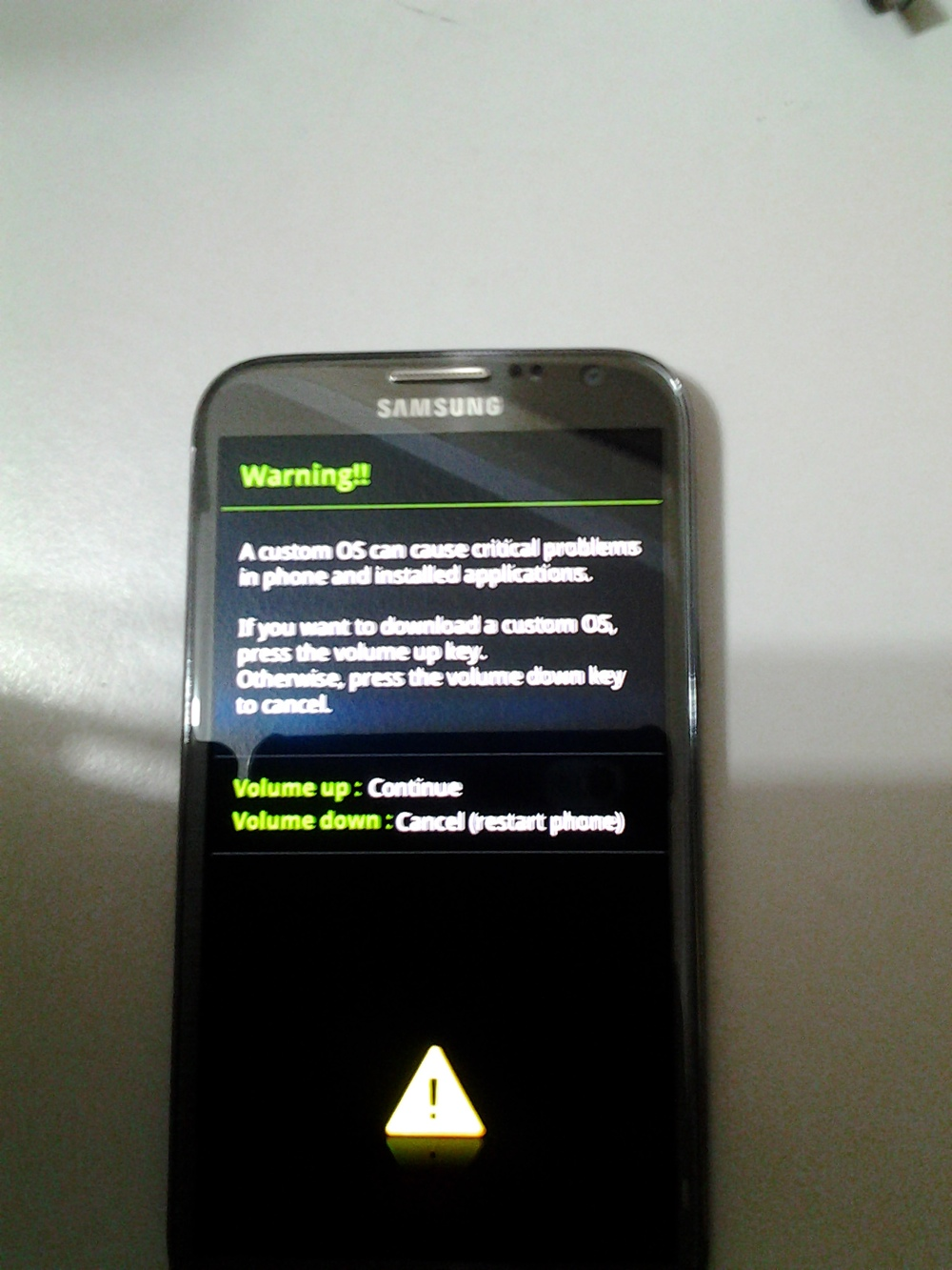 Galaxy Note 2 : Rooting, install CWM and Flashing official